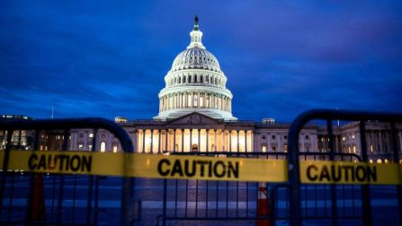 capitol-government-shutdown-epa-jef-181226_hpMain_16x9_992