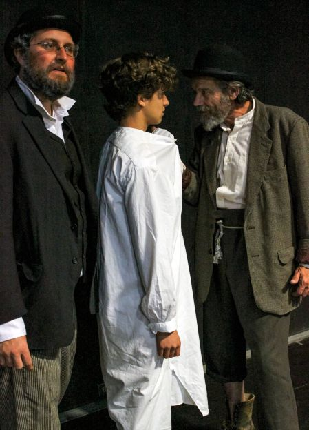 Tom Steward (Vladimir/Didi), Jordi Bertran (A Boy) and Joe Powers (Estragon/Gogo); Photo by Natalia Valerdi-Rogers