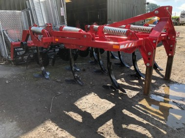 Three-row-stubble-cultivator (5)