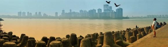 Mumbai Morning - Nariman Point - Copyright © 2017 Scott Loftesness. All Rights Reserved.