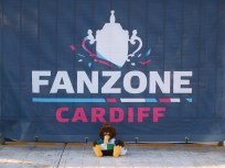 Richie at the Fanzone