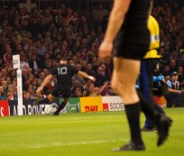 Dan Carter gets 3 points on the board.