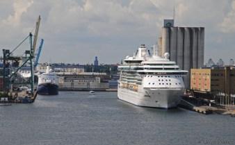 Brilliance of the Seas och Marco Polo