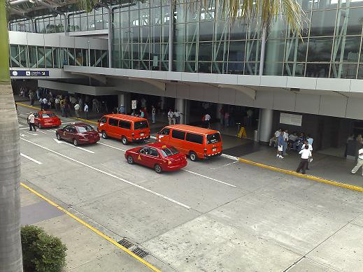 SJO Airport Arrivals