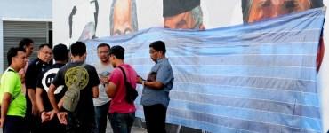 suspek conteng mural