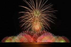 諏訪湖祭湖上花火大会2017穴場スポットと駐車場や桟敷席は?