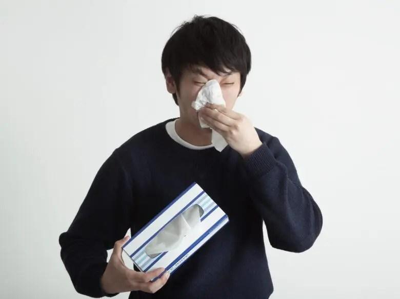 止まらない鼻水を止める5つの対処法や治し方と効く薬は?