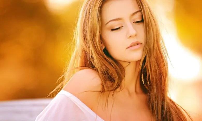 女性ホルモンを増やす方法【食べ物・ツボ・アロマ】