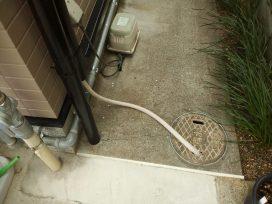 エアコン水漏れ02