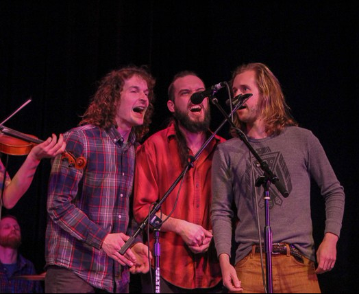 The boys are singin Photo by Channing Wave