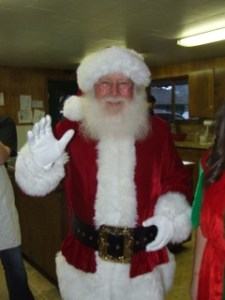 Skagit County Holiday Activities Breakfast with Santa at Hillcrest Lodge in Mount Vernon