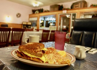 Skagit County Breakfasts Joy's Sedro-Woolley Bakery Cafe