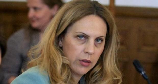 Зам. Министър Николова: От януари вдигаме пенсиите и ще даваме по