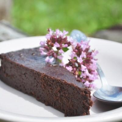 šokoladinis idiotų pyragas