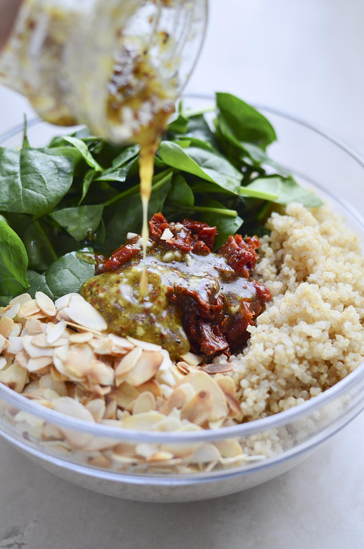 kynvos spynatu salotos skanios dienos (6)
