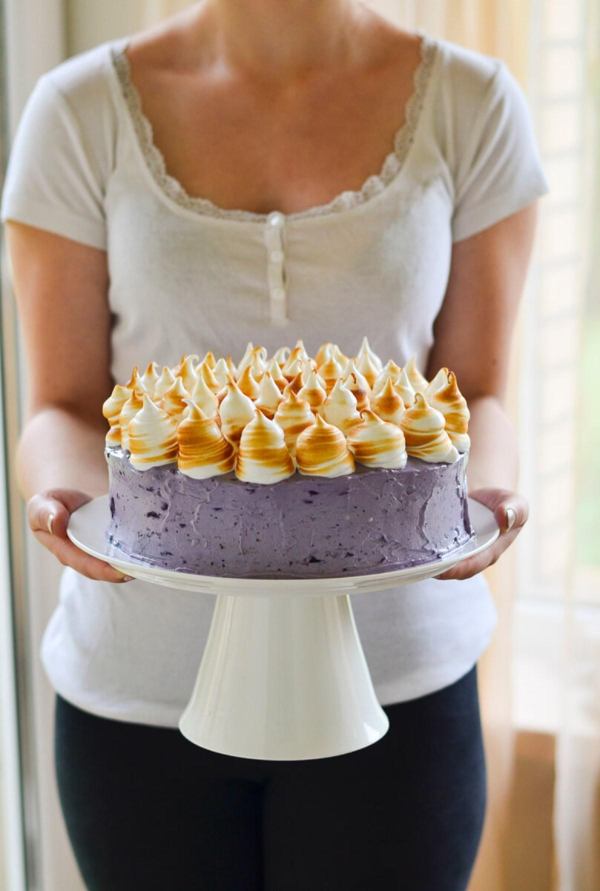 Citrinų ir šilauogių kremo tortas su morengo kepure (8)