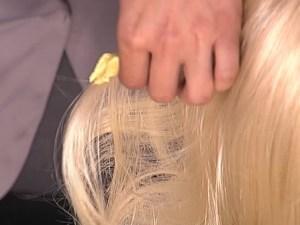 Как-убрать-жвачку-с-волос-1