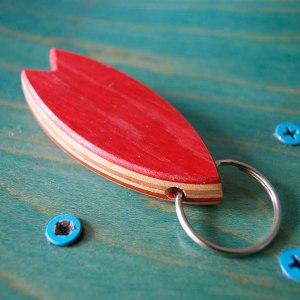 Skatan LLC - Surfboard Keychain Skateboarding Upcycling- Surfboard Keychain Skateboarding Upcycling Store