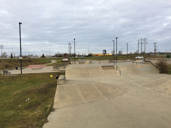 Kinsmen Skateboard & BMX Park * Prince Albert SK