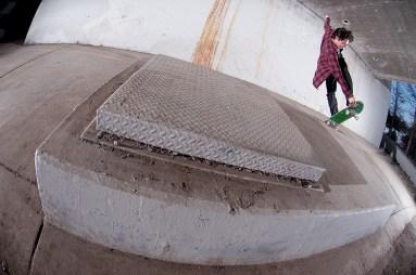 Jonathan Perez crunt slide