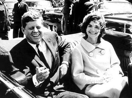 ケネディ大統領とジャクリーヌ夫人