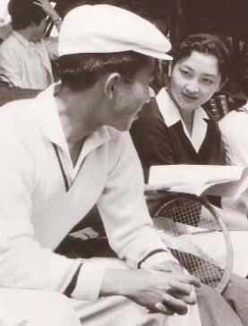 テニスコートの出会い