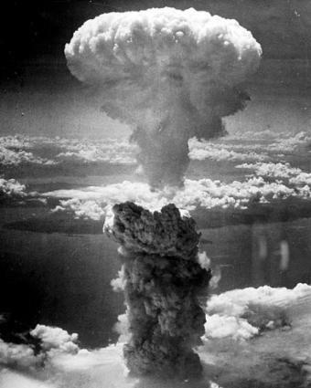 長崎原爆投下