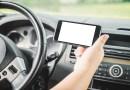 Rozmawiasz przez telefon prowadząc samochód czy rower? Dzisiaj łatwiej o mandat