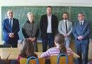 Srpska deca iz Osječko-baranjske županije dobila besplatan školski pribor