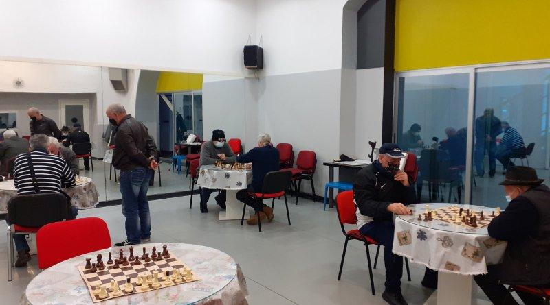 """Održan šahovski """"Turnir osmorice"""" u pododboru Rijeka"""