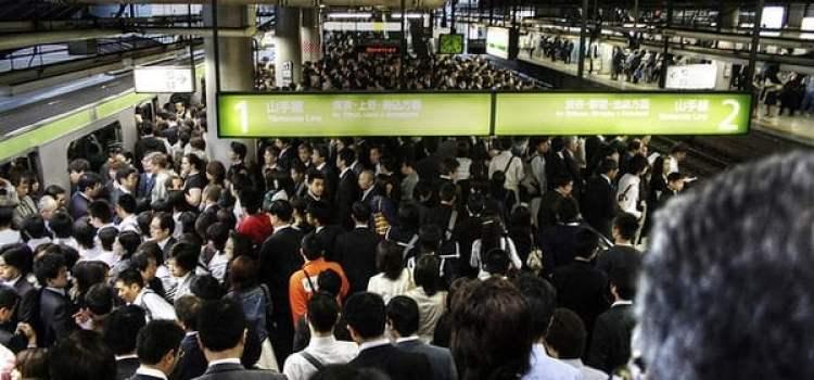 Porque há tão poucas lixeiras nas ruas do Japão?