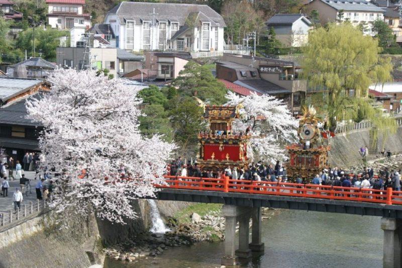 Takayama matsuri (高山祭り), um dos festivais mais famosos do japão.