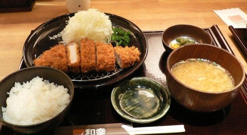 A anatomia de uma refeição japonesa - asagohan 1