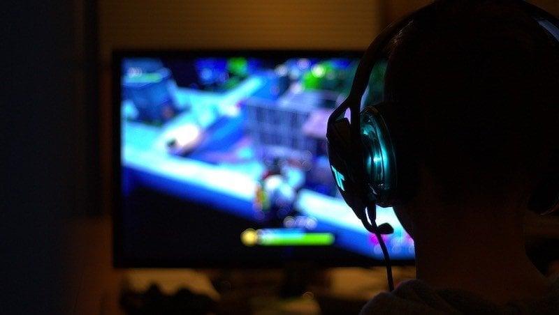 Um dia na vida de um programador de jogos japonês