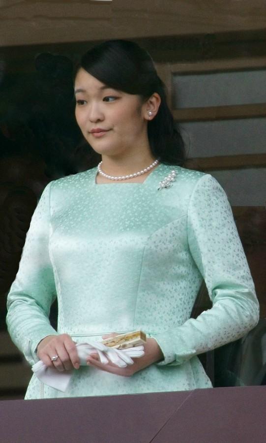 Princesa japonesa mako abandona trono para se casar com plebeu - princesa japonesa