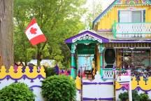 Lake Ontario Beach Houses4