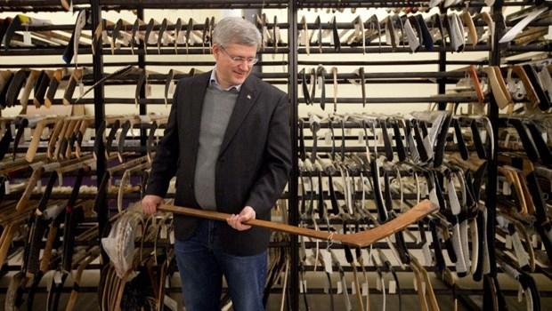 Harper's true patriot love hockey