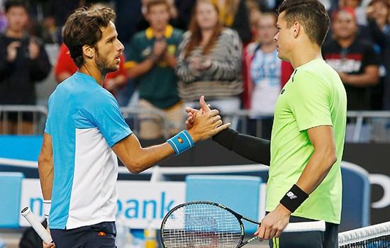 Raonic to advance in Grand Slam tournament