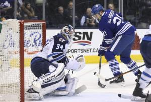 Leafs beat Jets with OT win