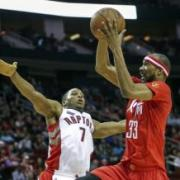Brewer leads Rockets to victory over Raptors