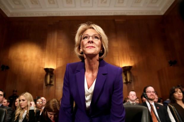 DeVos becomes U.S. education secretary