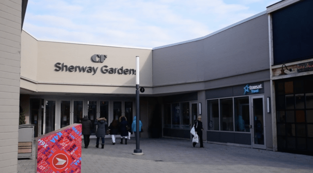 Traffic at Sherway Gardens, is it raising travel times for Black Friday shoppers?