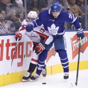 Toronto Maple Leafs break two-game losing streak