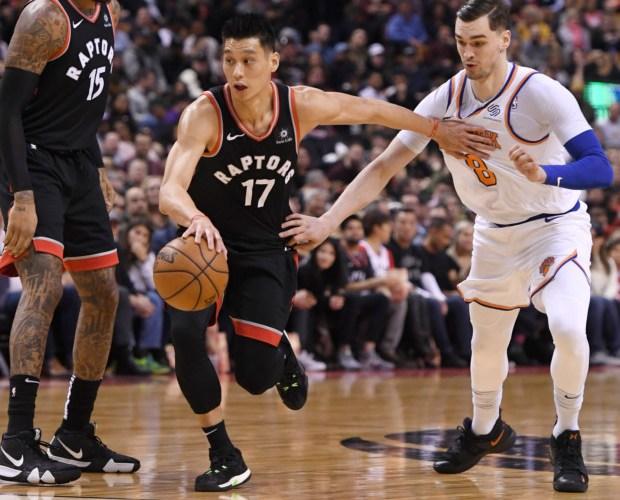 Raptors stay ahead of Knicks in 128-92 game