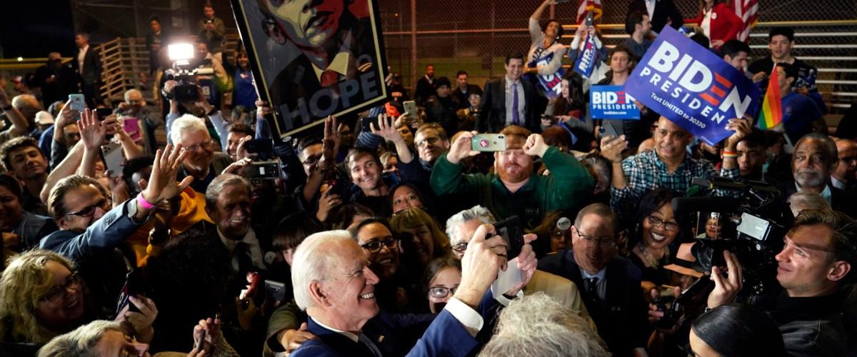 Biden beats Sanders in Super Tuesday blowout