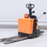bt-lpe-200-pallet-truck-cyprus-125762-side
