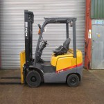 tcm-forklift-in-cyprus-0J901408-side