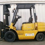 cat-fd25-used-forklift-cyprus-23449-side