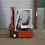 used-forklift-cyprus-N01E783355-side
