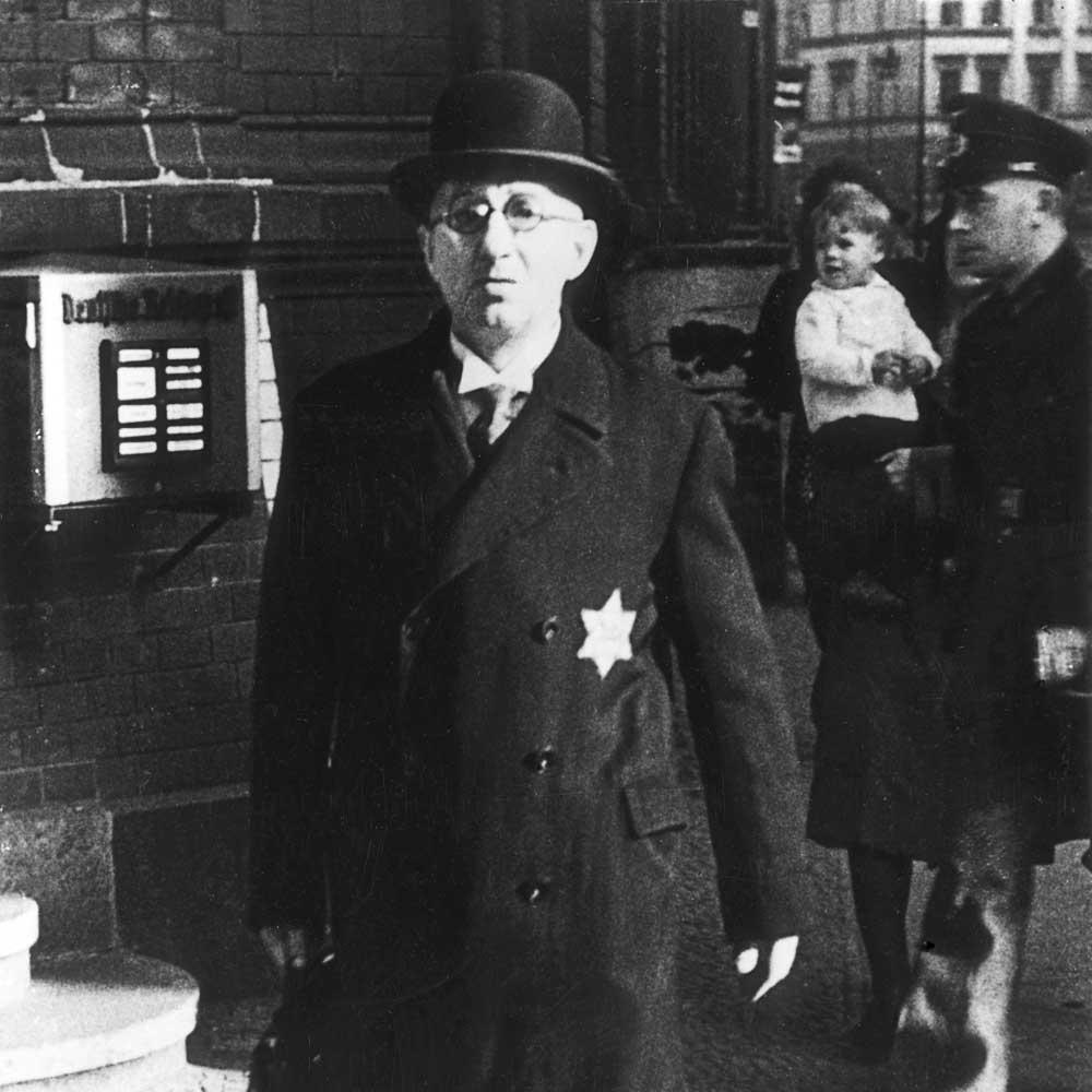 Image result for paris jews david's stars 1942